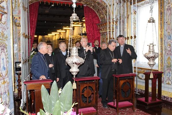 Bispos de Portugal e Espanha visitam o Santuário do Senhor Santo Cristo dos Milagres