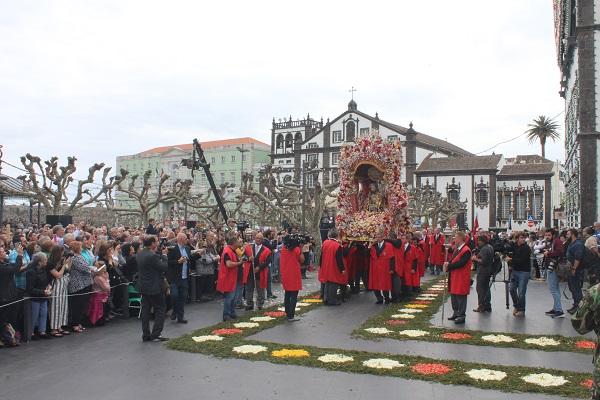 Câmara retira Procissão do Senhor Santo Cristo dos Milagres do concurso nacional das 7 Maravilhas da Cultura Popular
